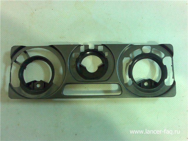 Установка 2DIN магнитолы Mitsubishi Lancer 9 (1)