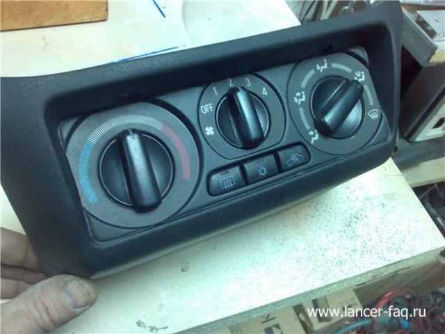 Установка 2DIN магнитолы Mitsubishi Lancer 9 (4)
