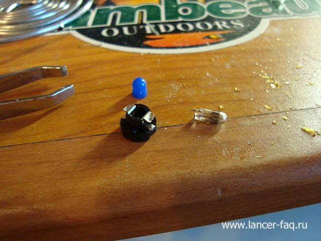 Замена ламп кнопок ПТФ, регулировки подсветки и корректора Mitsubishi Lancer 9 (14)