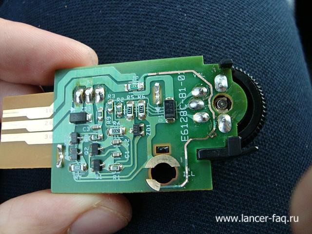 Замена ламп кнопок ПТФ, регулировки подсветки и корректора Mitsubishi Lancer 9 (6)