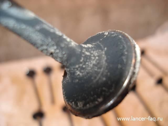 Замена колец и колпачков Lancer IX 1.6 (12)