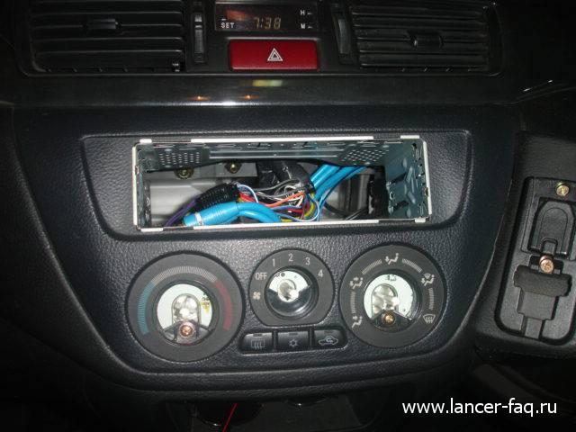 митсубиси ланцер цедия вагон панель управления