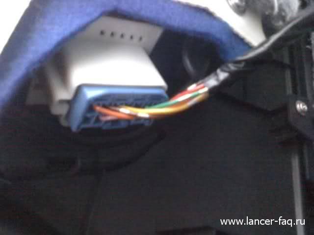 Снятие обшивки передней двери Mitsubishi Lancer X 09