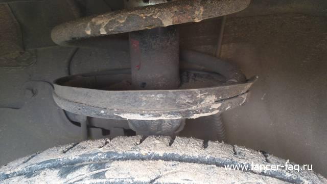 Mitsubishi Lancer IX: Стук в передней подвеске 03